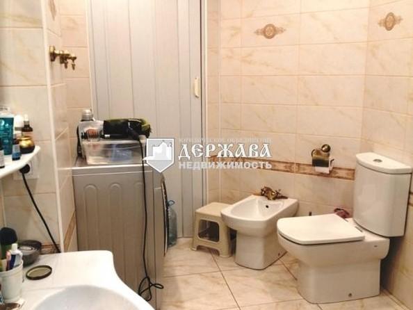 Продам 3-комнатную, 99.6 м², 9 Января ул, 1Б. Фото 17.