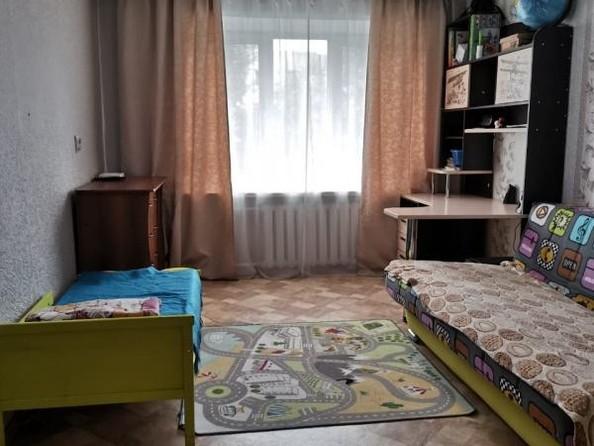 Продам 3-комнатную, 62 м2, Белозерная ул, 40А. Фото 2.