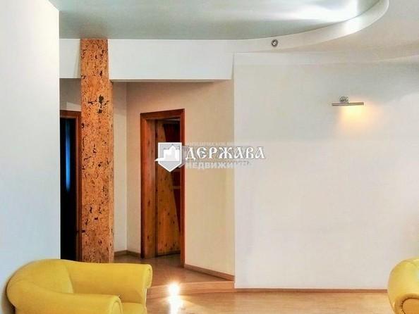 Продам 3-комнатную, 90 м², Ноградская ул, 2. Фото 4.
