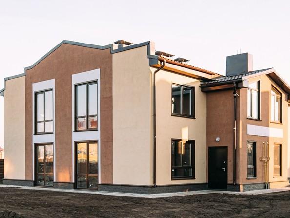 Продам 4-комнатную, 108 м2, Успешная ул, 29. Фото 1.