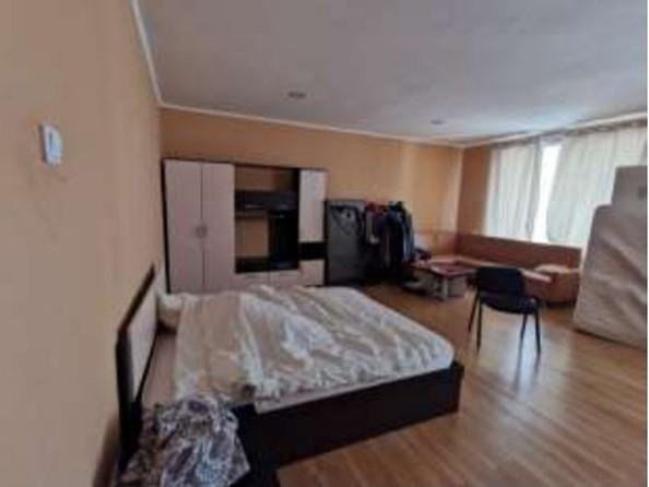 Продам 3-комнатную, 186 м², Октябрьская ул. Фото 3.