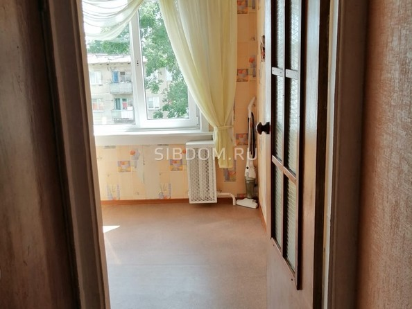 Продам 3-комнатную, 59 м², Зорге ул, 197. Фото 2.