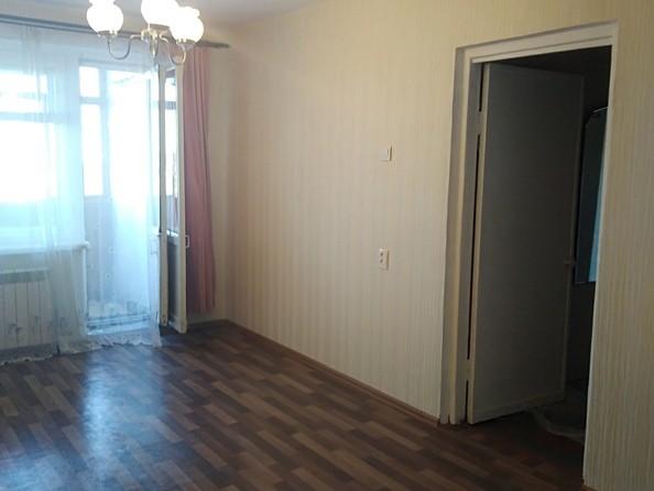Продам 2-комнатную, 43 м2, Труда ул, 10. Фото 2.