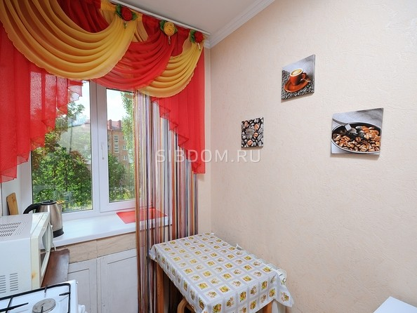 Сдам посуточно в аренду 1-комнатную квартиру, 25 м², Омск. Фото 7.