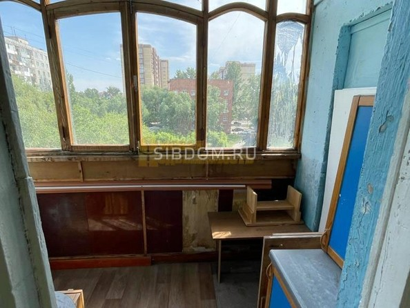 Продам 3-комнатную, 61.2 м², Лермонтова ул, 128. Фото 2.