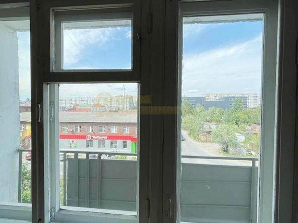 Продам 3-комнатную, 61.2 м², Лермонтова ул, 128. Фото 7.