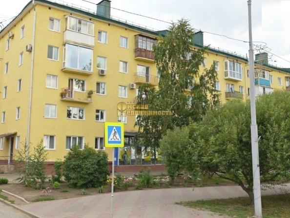 Продам 2-комнатную, 42.3 м², Иртышская Набережная ул, 29. Фото 1.