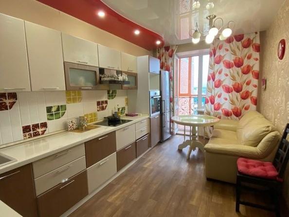 Продам 2-комнатную, 68 м², Степанца ул, 2. Фото 1.