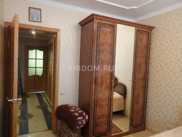 Продам 3-комнатную, 67.8 м2, Конева ул, 24. Фото 5.