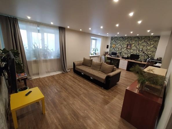 Продам 2-комнатную, 62.9 м2, Лебедева ул, 87. Фото 1.