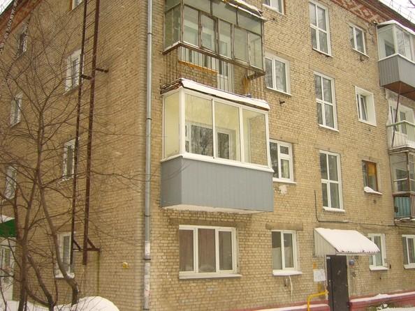 Продам 1-комнатную, 31.8 м2, Карташова ул, 42а. Фото 1.