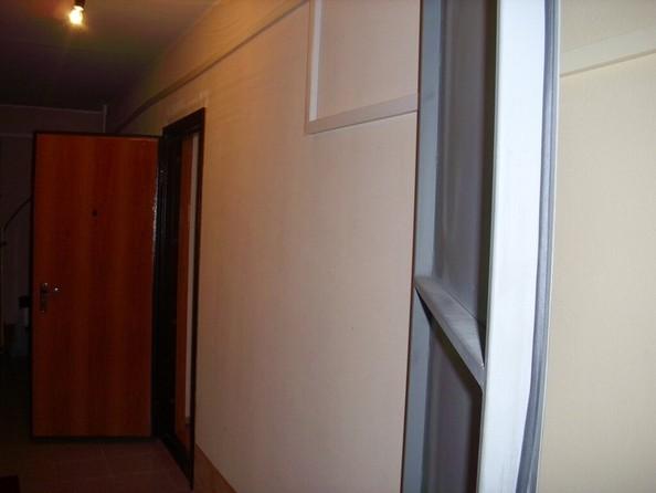 Продам 1-комнатную, 32 м², Обручева пер, 12В. Фото 3.