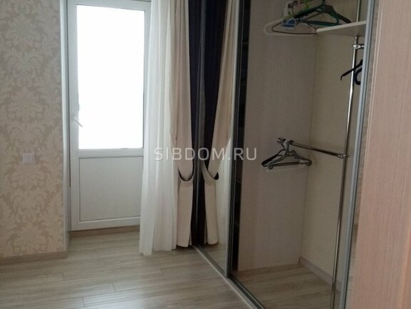 Сдам в аренду 1-комнатную квартиру, 60 м², Томск. Фото 2.