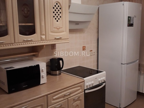Сдам в аренду 1-комнатную квартиру, 50 м2, Томск. Фото 3.